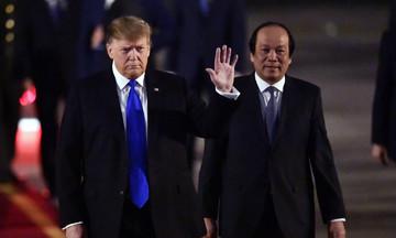 Tổng thống Donald Trump đã đến Hà Nội dự Thượng đỉnh Mỹ - Triều