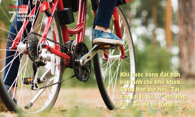 """<p> Khi cuộc sống đặt bạn vào tình thế khó khăn… Đừng bao giờ nói """"<strong><em>Tại sao lại là tôi...?</em></strong>"""" mà hãy nói """"<strong><em>Tôi sẽ cố gắng…</em></strong>""""</p>"""