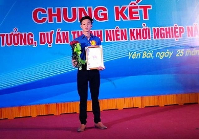 Nguyen-Van-Huynh-nhan-giai-Nha-7452-5521