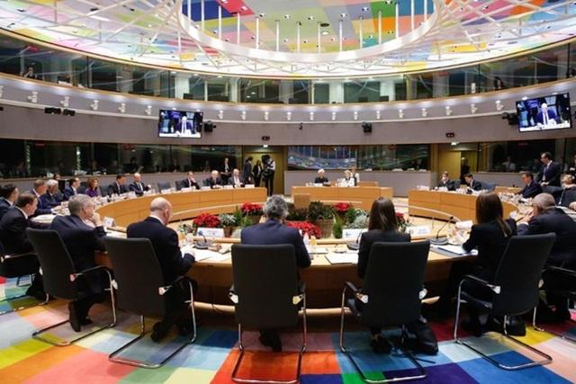 EU-6107-1590636250.jpg