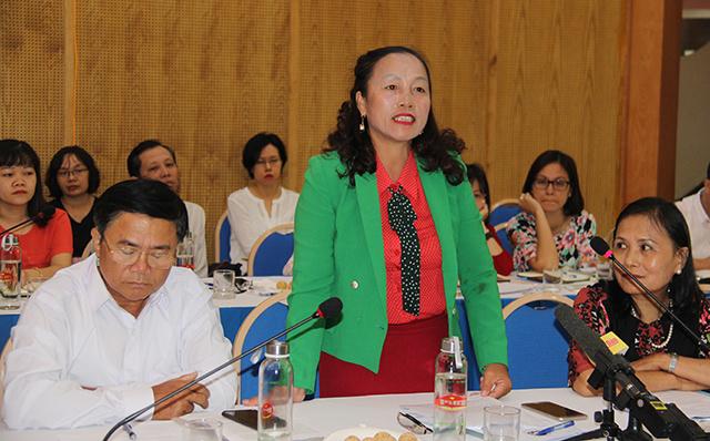 Ba-Nguyen-Thi-Huong-Chu-tich-H-8499-1234