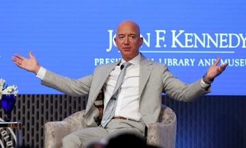 CEO Amazon Jeff Bezos đã trở lại vị trí người giàu nhất thế giới