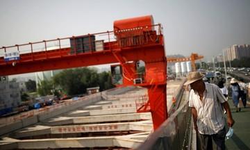 Sản xuất của Trung Quốc tăng trưởng yếu đi nhiều tháng liên tiếp
