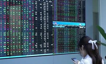 Chuyển cổ phiếu từ HoSE sang HNX: Có mang tính ép buộc?
