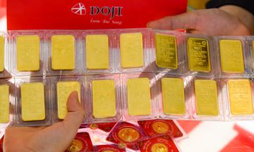 Thị trường tiền tệ 4/3: Giá vàng thế giới giảm vì lợi suất trái phiếu và đồng USD tăng