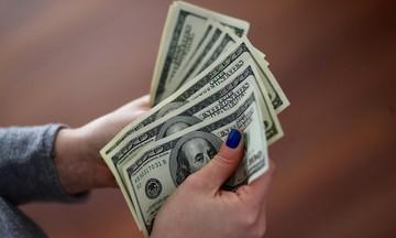 Thị trường tiền tệ ngày 5/3: Giá vàng chạm ngưỡng nhạy cảm, USD tăng cao
