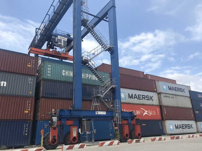 thieu-container-rong-6743-1617185387.jpg