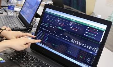 Thị trường chứng khoán đón 'nắng' tháng 4