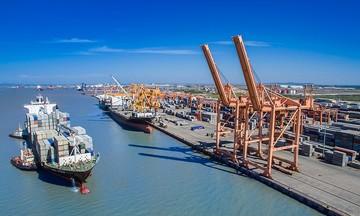 Tháo chạy khỏi mảng vận tải biển, Vinalines khó tránh sóng gió?