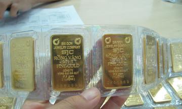Thị trường tiền tệ ngày 7/4: Giá vàng 'nhảy vọt', đồng USD suy yếu
