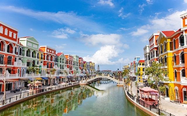 Từ thủ phủ du lịch bán lẻ trên thế giới tới 'thành phố không ngủ' ở Việt Nam