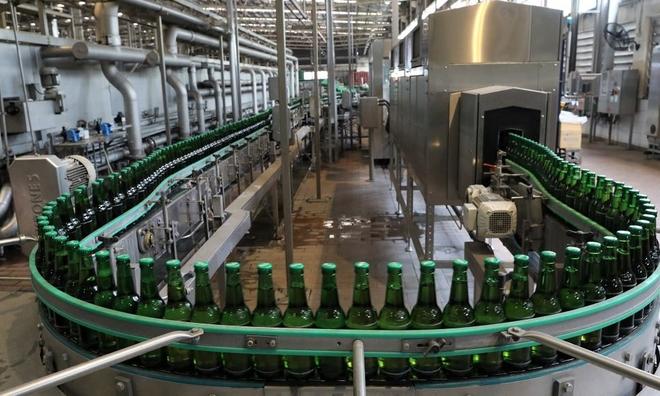 Habeco và Sabeco trong 'cơn bão kép' của ngành bia Việt