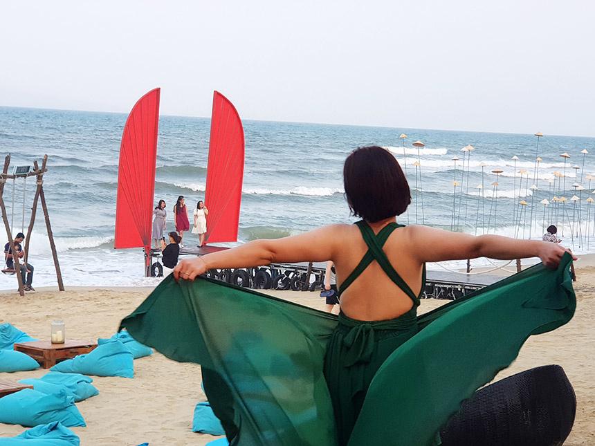 """Chương trình """"Miền Di sản diệu kỳ - Amazing Central Heritage"""" đang mời gọi du khách cả nước đến với biển Đà Nẵng"""
