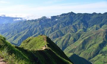 Tà Xùa 'hồi sinh' từ du lịch và bảo tồn cây chè cổ (Bài 2): Làm du lịch ở 'thiên đường mây'