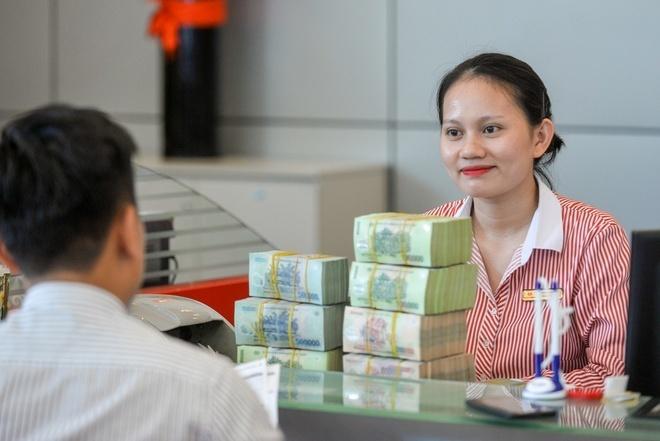 luong-ngan-hang-1-9834-1618886837.jpg