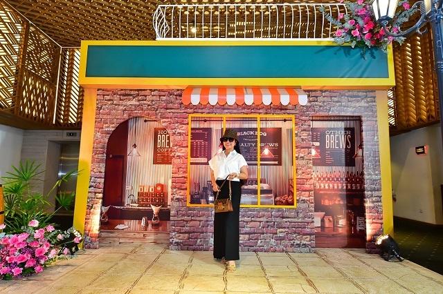 Khach-moi-trai-nghiem-khong-gi-6920-9579