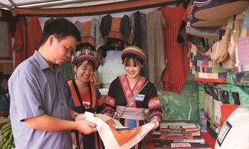 Nâng cao vị thế phụ nữ dân tộc thiểu số ở Hà Giang (Bài cuối): HTX mở hướng giải quyết việc làm bền vững
