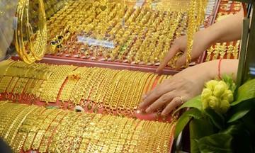 Thị trường tiền tệ ngày 7/5: Vàng đảo chiều tăng giá, đồng USD rời đỉnh