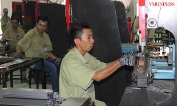 Hàng Việt cạnh tranh giữa thế 'đá ghè chân'