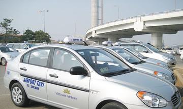 Lo nợ xấu tăng cao, taxi xin giảm thuế và hỗ trợ vốn với lãi suất thấp