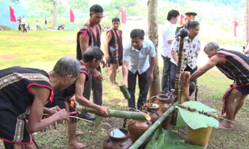 Lễ cúng Giọt nước gắn kết cộng đồng người Jrai