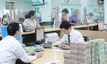 Ngân hàng, chứng khoán, bất động sản 'thăng hoa' giúp tăng thu ngân sách