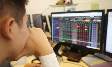'Nút thắt' kìm hãm nhóm cổ phiếu chứng khoán