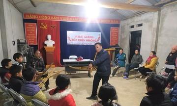 Độc đáo tiếng khèn của người Mông (Bài cuối): Để tiếng 'linh thiêng' vang mãi trên vùng cao