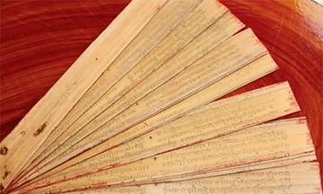Hồn chữ trên kinh lá buông của người Khmer Nam Bộ