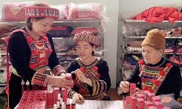 Nội lực vươn lên của người Dao ở Bắc Kạn (Bài 2): Phụ nữ vượt qua định kiến để khởi nghiệp
