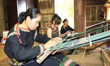Đắk Lắk phát triển 'công nghiệp không khói' (Bài 2): HTX là điểm tựa cho người dân tộc