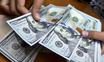 Giá USD chững lại, vàng mất mốc 57 triệu đồng/lượng