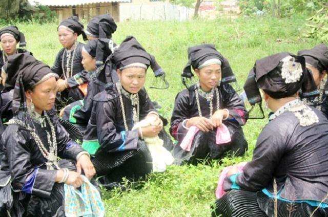 Dan-ca-Nung-Din-duoc-dua-vao-t-1911-6941