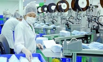 Xuất khẩu khẩu trang y tế giảm 50%