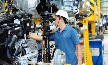 Phương tiện vận tải và linh kiện phụ tùng ô tô xuất siêu 440 triệu USD