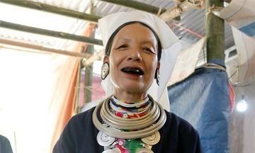 Hồi sinh nghề dệt để gìn giữ trang phục truyền thống người Dao Tiền