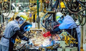 VEPR: Tăng trưởng GDP năm 2021 có thể giảm 1-1,5%