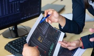 Các chuyên gia nói gì về thị trường chứng khoán nửa cuối năm?
