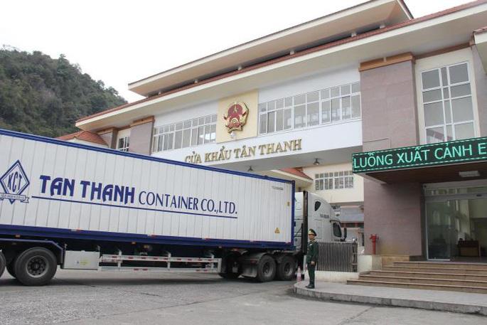cua-khau-Tan-Thanh-9969-1629257475.jpg