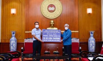 Hyundai Thành Công Việt Nam trao tặng 10 xe Solati cứu thương cho các cơ quan tuyến đầu chống dịch Covid-19