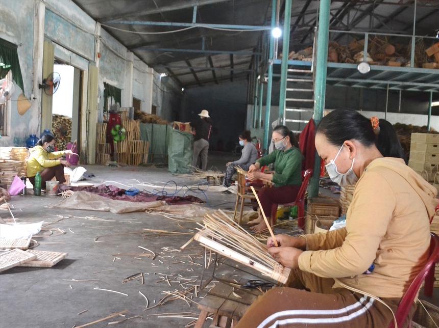 nguoi-lao-dong-8329-1631159776.jpg
