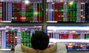 Cổ phiếu chứng khoán: Liệu có 'xanh vỏ, đỏ lòng'?