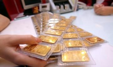 Giá USD ổn định, vàng miếng SJC lao dốc