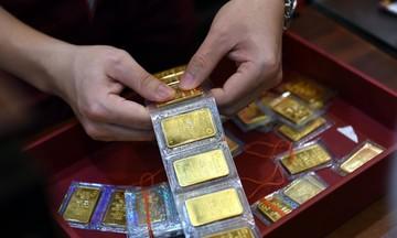Giá vàng SJC tăng nhẹ, đồng USD và NDT cùng giảm