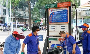 Dự báo giá xăng dầu thế giới tăng, tìm giải pháp 'hạ nhiệt' thị trường trong nước