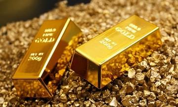 Phiên cuối tuần, giá vàng trong nước cao hơn thế giới khoảng 9,5 triệu đồng/lượng