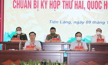 Chủ tịch Quốc hội Vương Đình Huệ tiếp xúc cử tri huyện Tiên Lãng