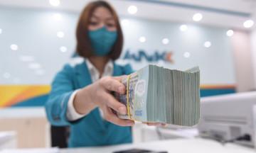Ngân hàng dịch chuyển nhóm nợ để kéo nợ xấu dưới mức 3%